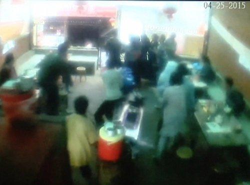 Posnetek nadzorne kamere med potresom