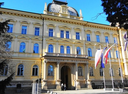 Univerza v Mariboru - 6