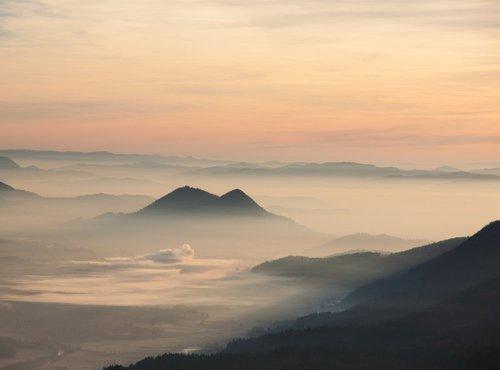 Pogled na Ljubljansko kotlino in Šmarno goro