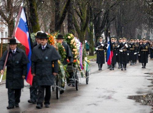 Pogreb Jerneja Šugmana na Žalah - 4