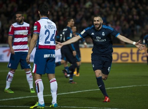 Karim Benzema proti Granadi - 2