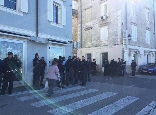 Policija v Piranu