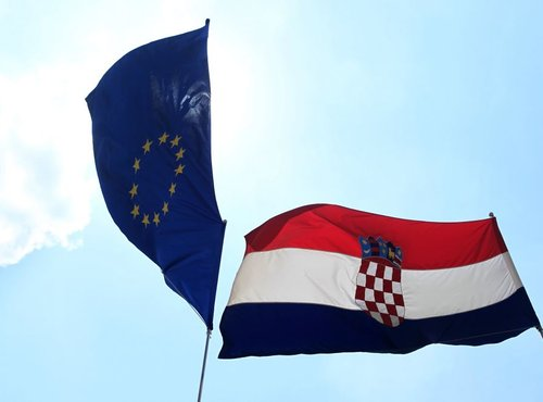 Zastava Hrvaške in EU