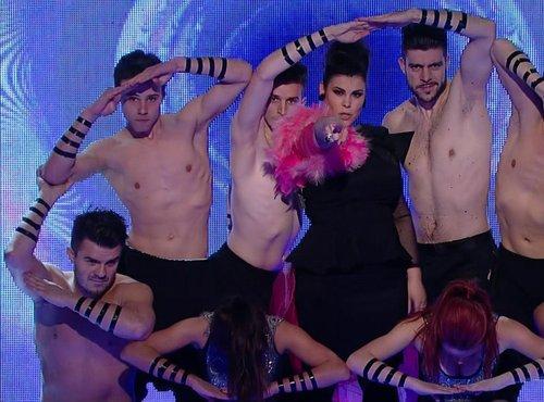 Ana Marija Mitić in plesalci