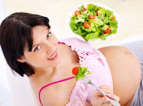 Nosečnica in hrana