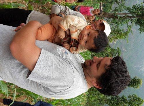 Dušan Mali pomaga v Nepalu