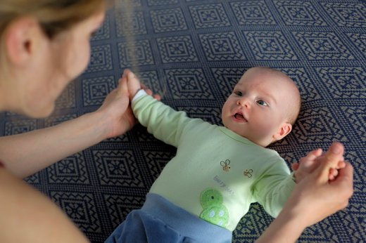 Dojenček in igra