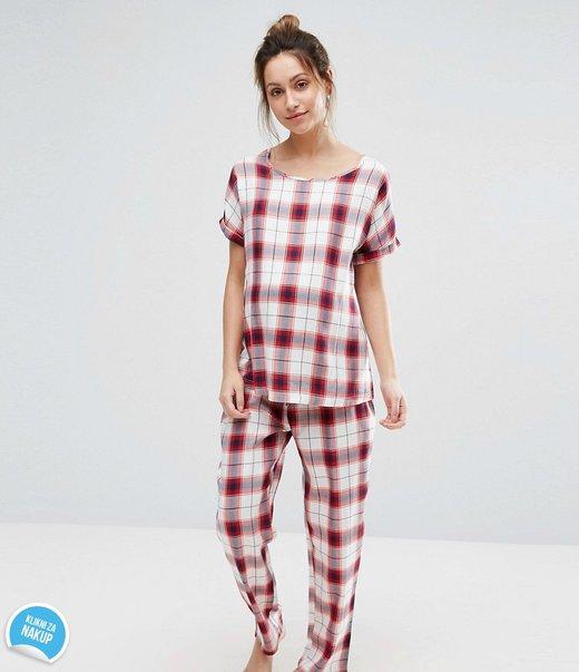 Nosečniška pižama