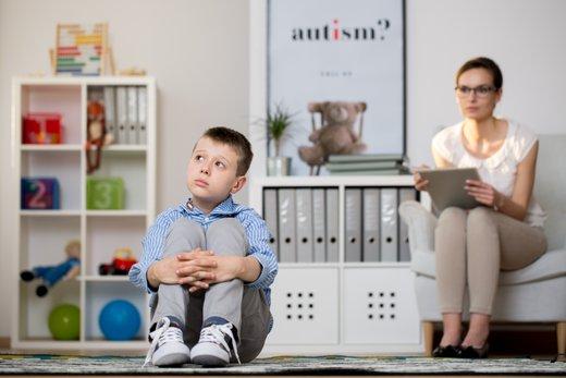 Otrok z avtizmom