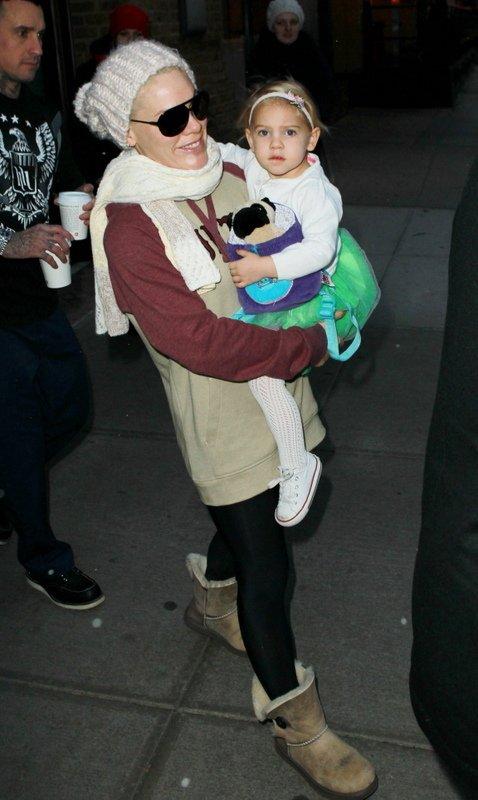 Pink, Carey Hart in hčerka Willow - 6