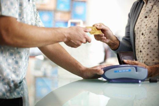 Plačevanje s kartico