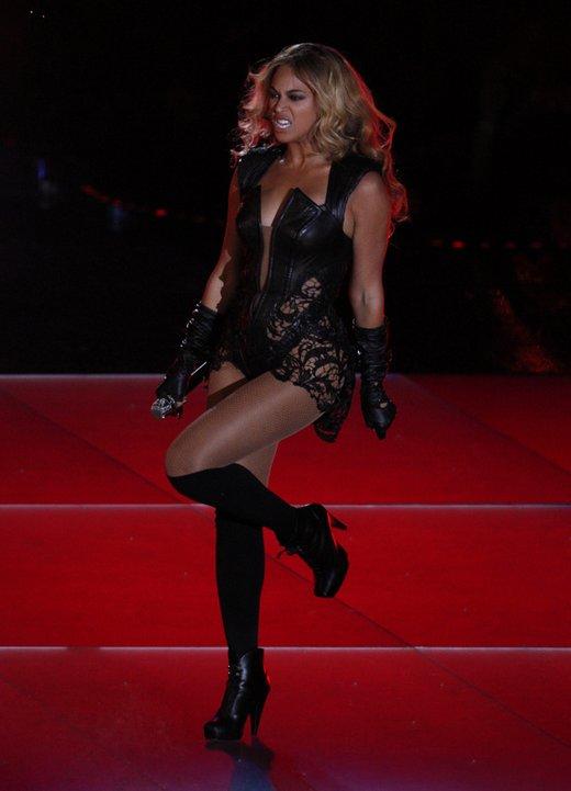 Beyonce nastopila na Super Bowlu - 9