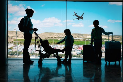 Na letališču