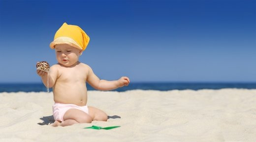 Dojenček na plaži