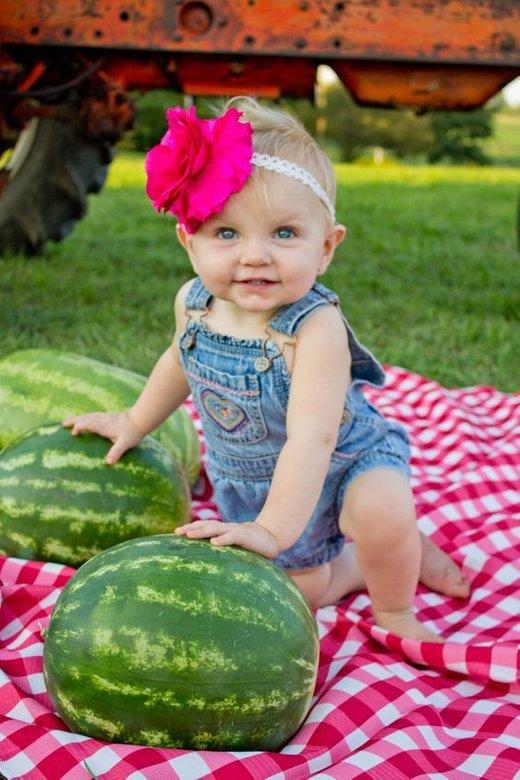 Otrok in lubenica - 2