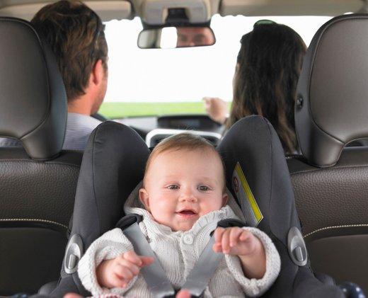 Dojenček v avtu