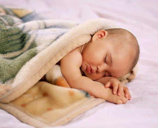dojenček spi
