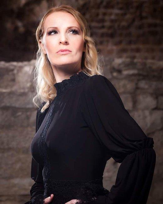 Izabela Martnović