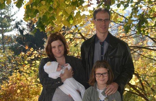 Mojca in družina