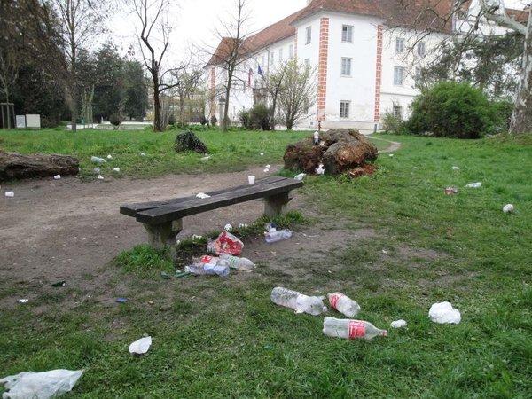 dan po čistilni akciji (park v Murski Soboti)