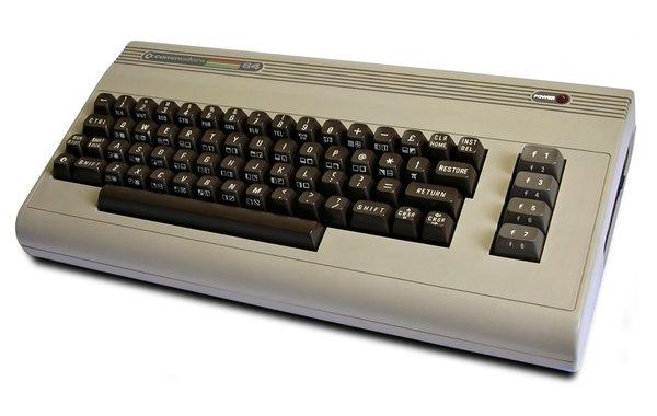 Umrl je eden največjih pionirjev računalniške tehnologije - 1