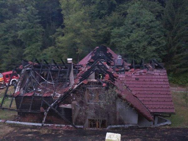 požar uničil hišo pri Žalcu