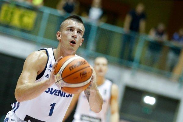 Slovenija - Madžarska - 11