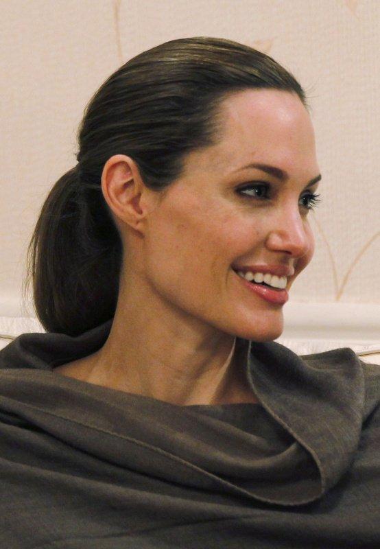 Angelina Jolie - 3