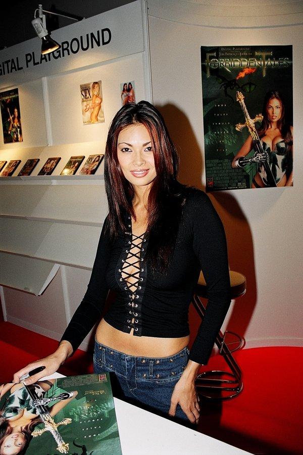Порно актриса из интернов. знаменитостями, на нашем сайте самые - Форум секса