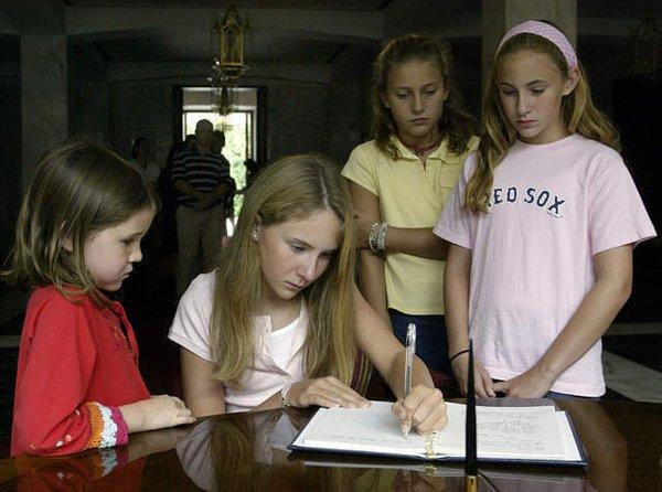 Otroci pišejo