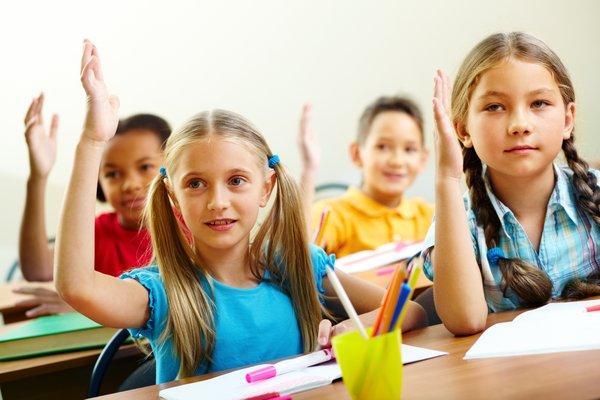 otroci v šoli
