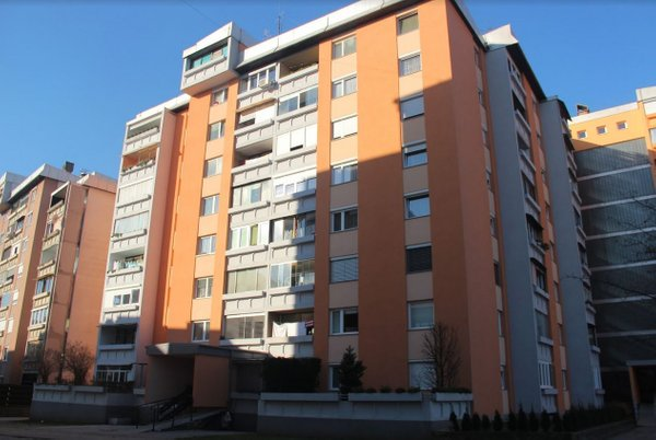 Blok v Kranju