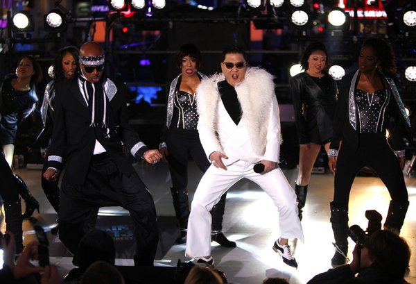 Psy in Gangam Style na Time Squaru - 2