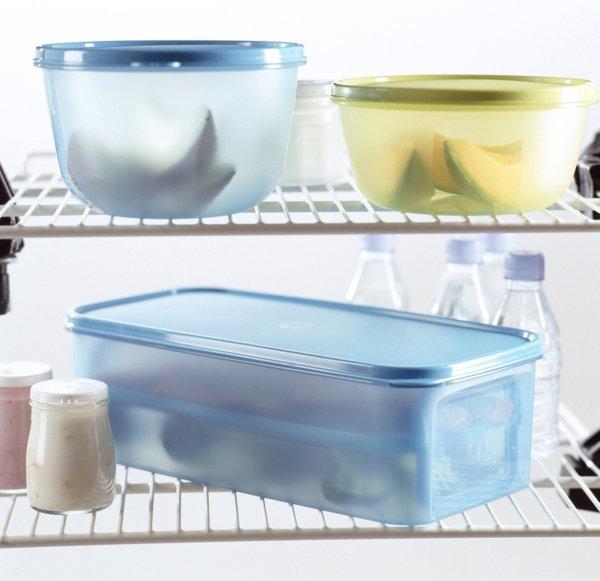 Plastična posoda v hladilniku