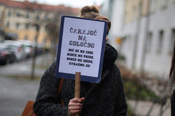 Protest zaradi štipendij - 5