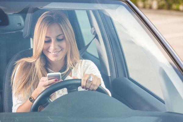 telefoniranje med vožnjo