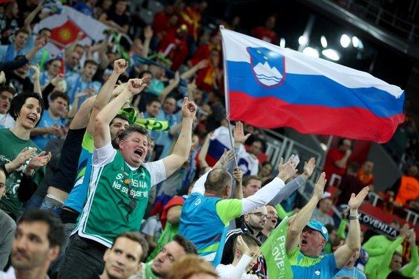 Slovenija- Makedonija - 11