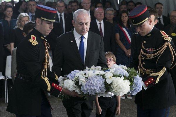 Macron in Netanjahu na slovesnosti v Parizu