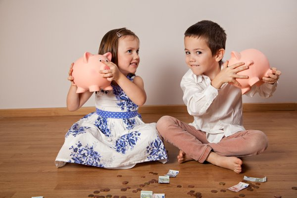 otroci in denar
