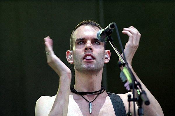 Placebo - because i want you (acoustic)