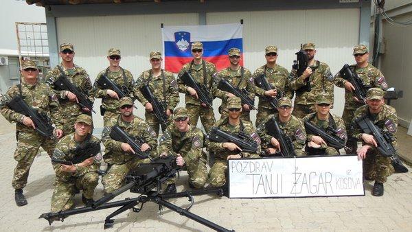 Vojaki pošiljajo pozdrav Tanji Žagar