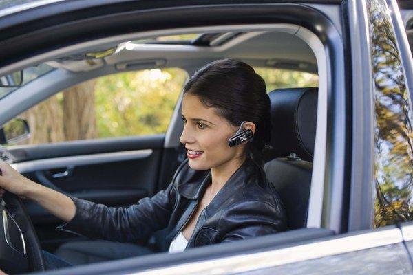 Prostoročno telefoniranje v vozilu