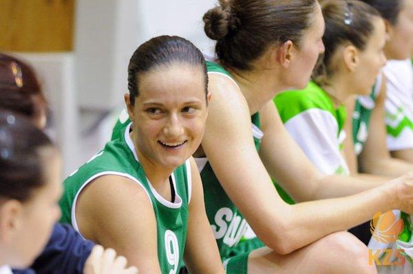 Slovenska ženska košarkarska reprezentanca - Nika Barić