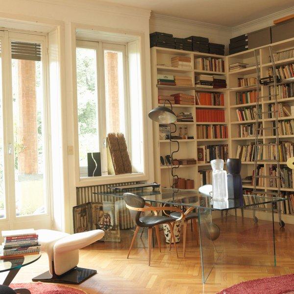 Knjižne police
