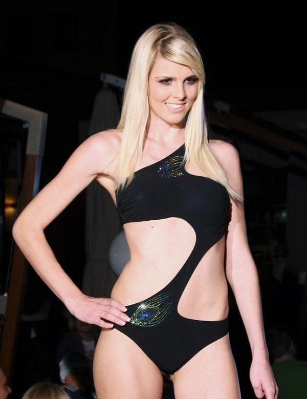 Lepotni izbor Miss Gaming Slovenije - 1