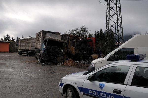 Zgorela tovornjaka - 1