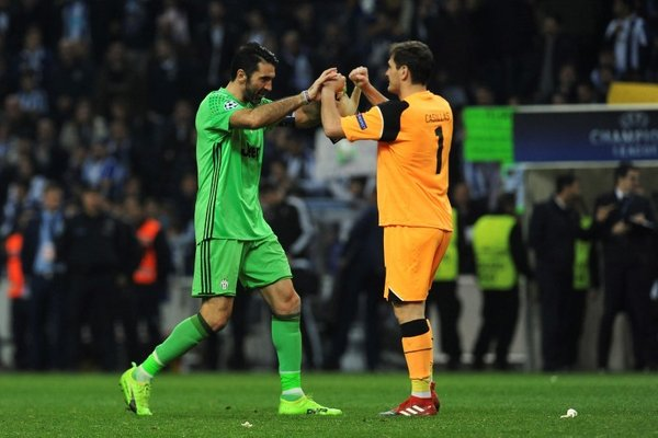 Gianluigi Buffon in Iker Casillas - 2