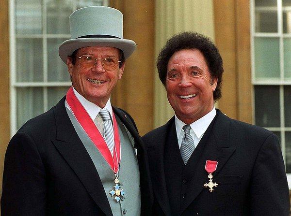 Roger Moore in Tom Jones