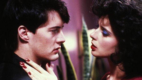 Modri žamet (1986), režija: David Lynch