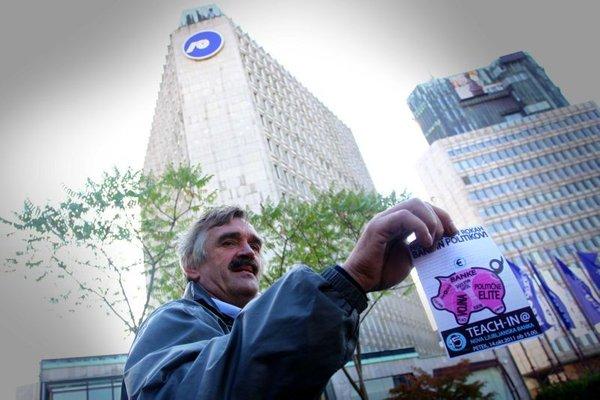 Protest Nevidnih delavcev sveta pred NLB - 7
